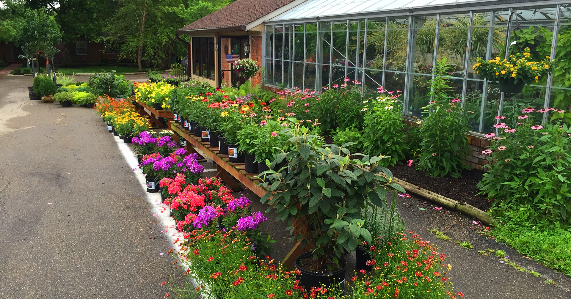 Landscaped Gardens Facility: Joe Cappel's Garden Center & Landscaping Services > Cincinnati, OH